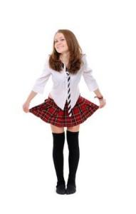 Dívka v sukni